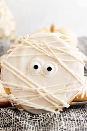 Easy Mummy Shortbread Cookies