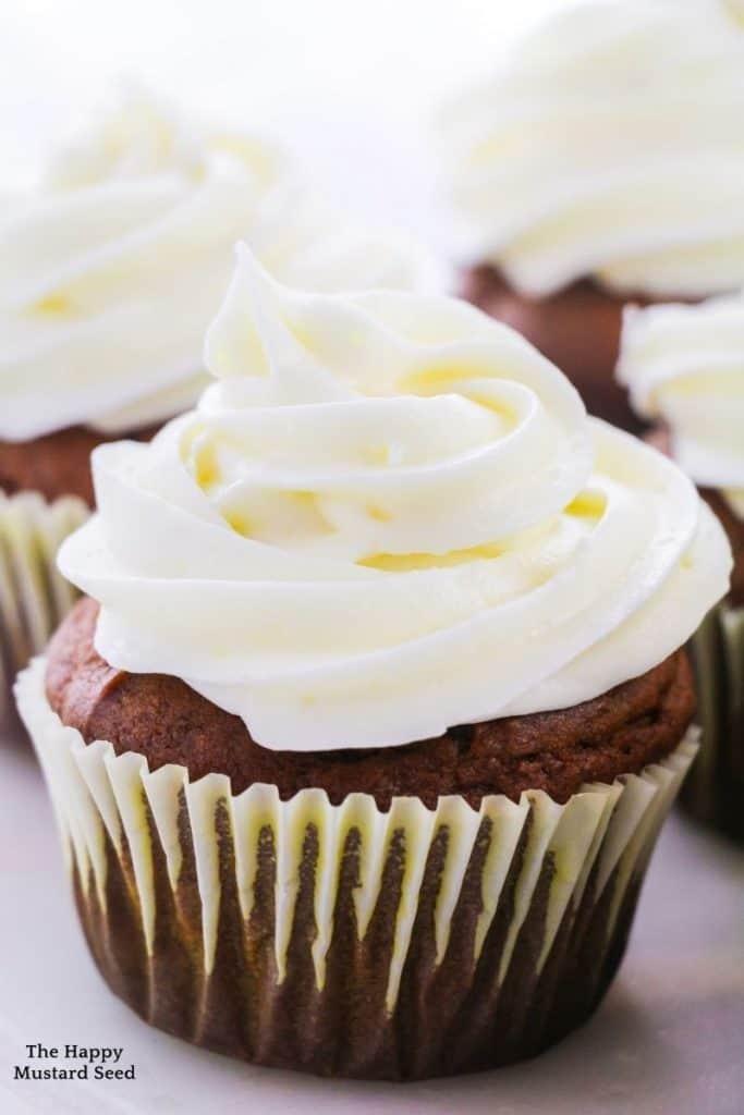 Moist-Pumpkin-Cupcakes
