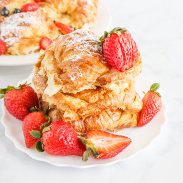 Croissant-French-Toast-Bake-Strawberries-blueberries