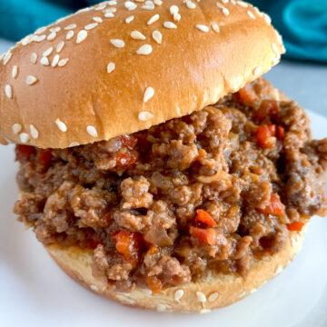sloppy-joe-on-sandwich