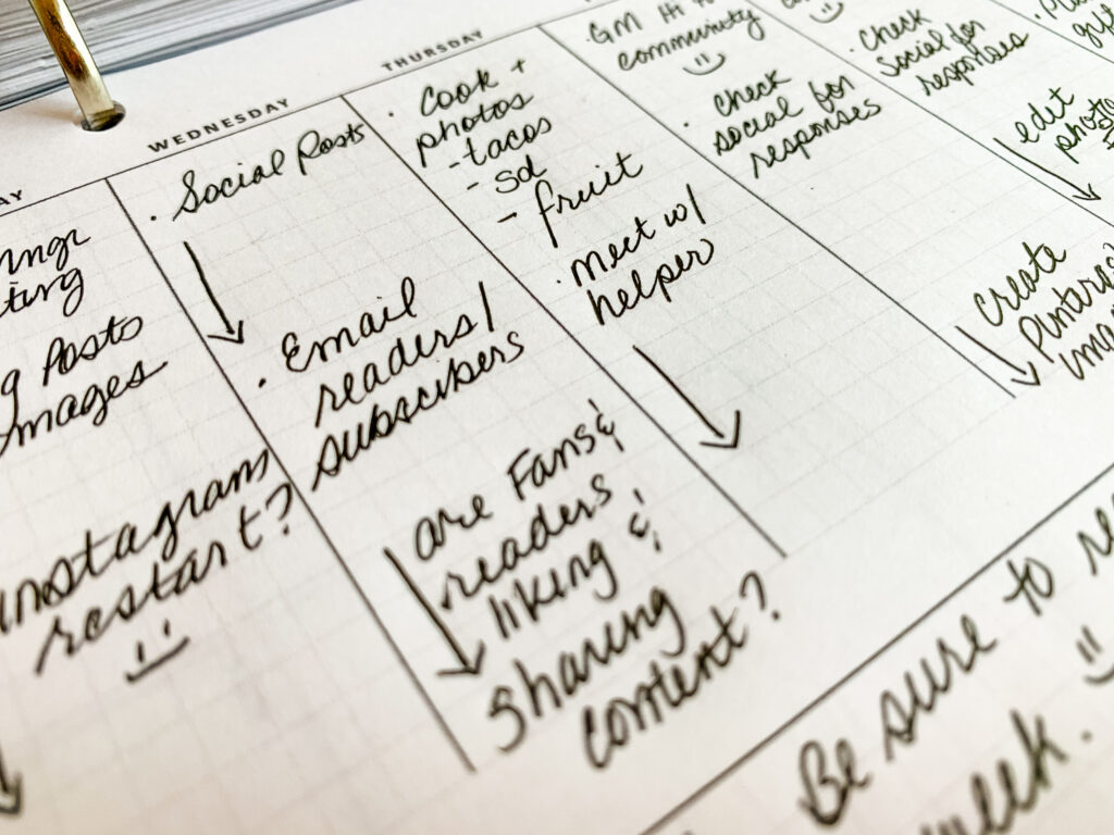 What-to-track-in-a-paper planner-3